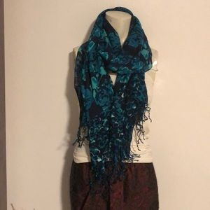 ISAACH MIZRAHI LIVE! Gorgeous Scarf/Wrap